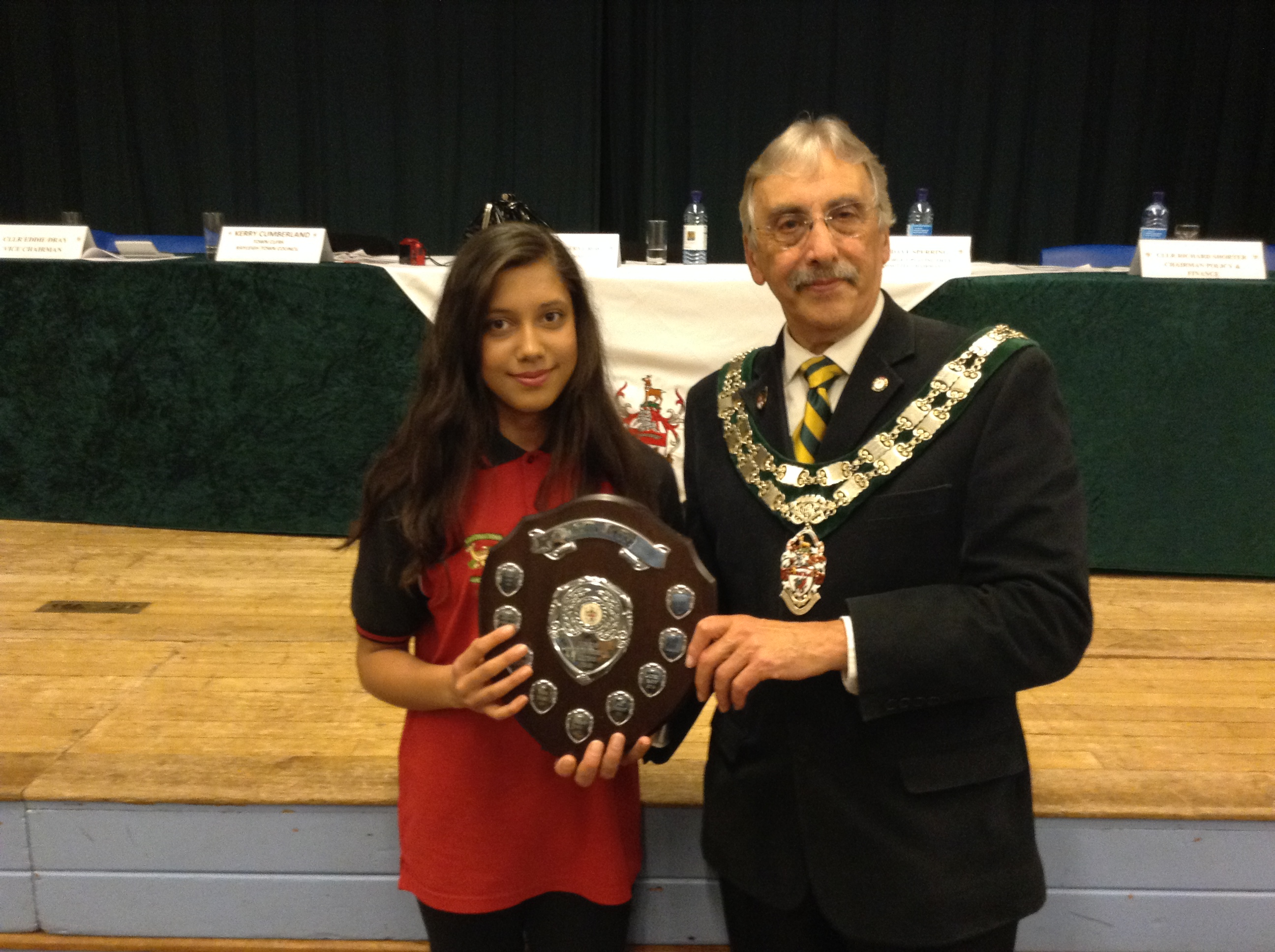 Lauren receives the Rayleigh Town Council Young Sportsperson 2014 award